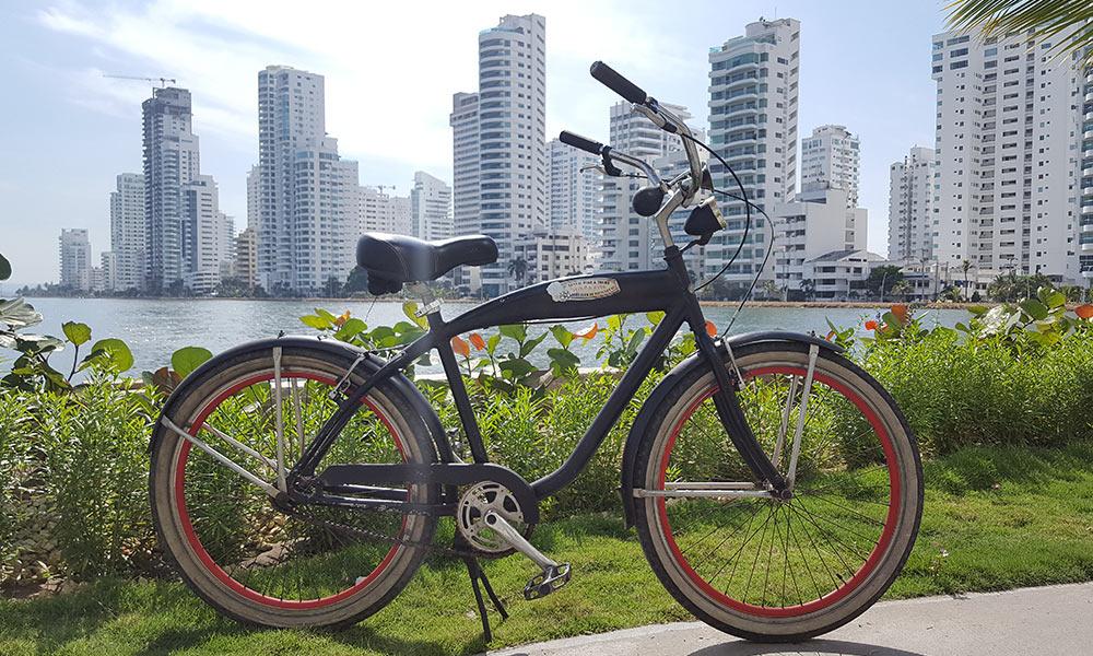 Bicicleta en la bahía de Manga