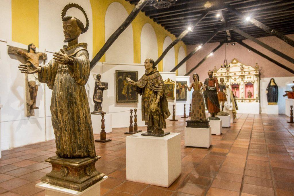 Estatuillas del Museo San Pedro Claver