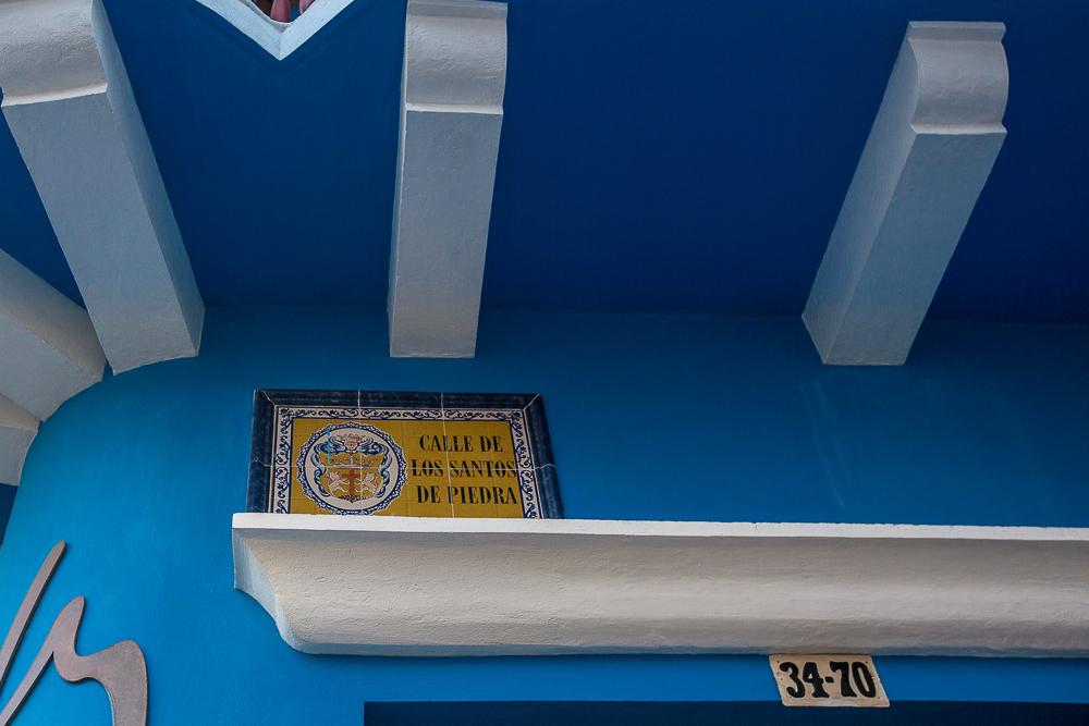 Placa de la Calle de Los Santos de Piedra en Cartagena