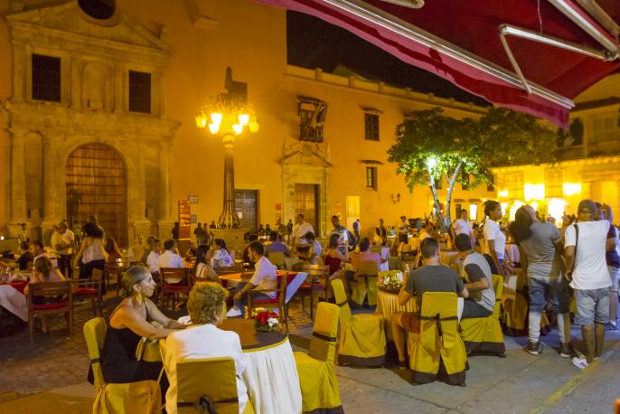 Plazas-de-Cartagena-de-Noche