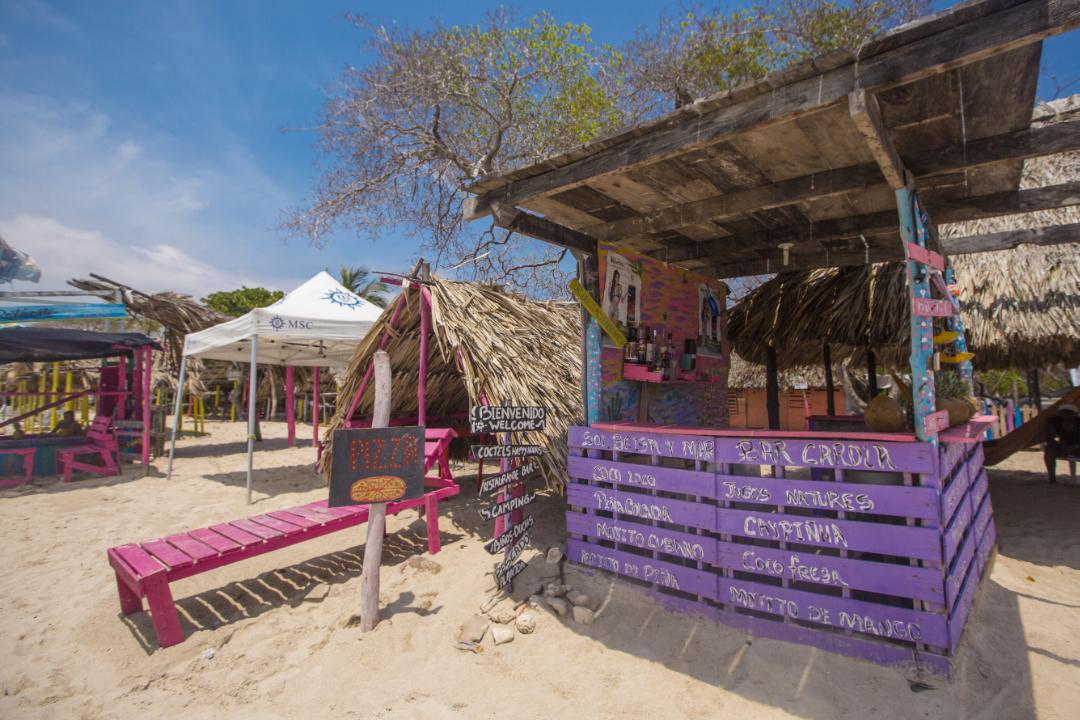 Playa-Blanca-Cartagena-de-Indias