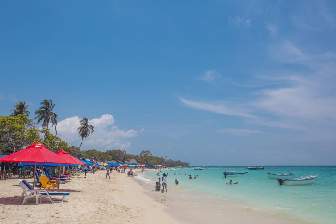 Playa-Blanca-Isla-Barú