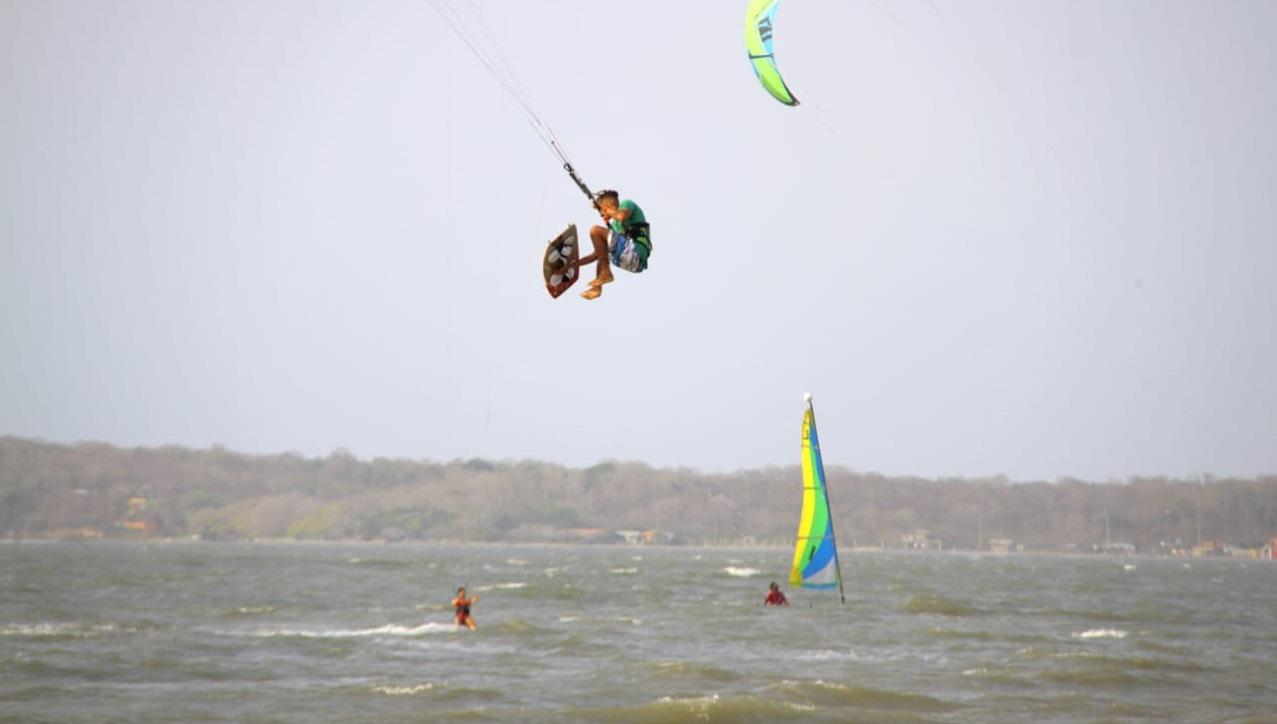 Kite surf en playas de La Boquilla, Cartagena