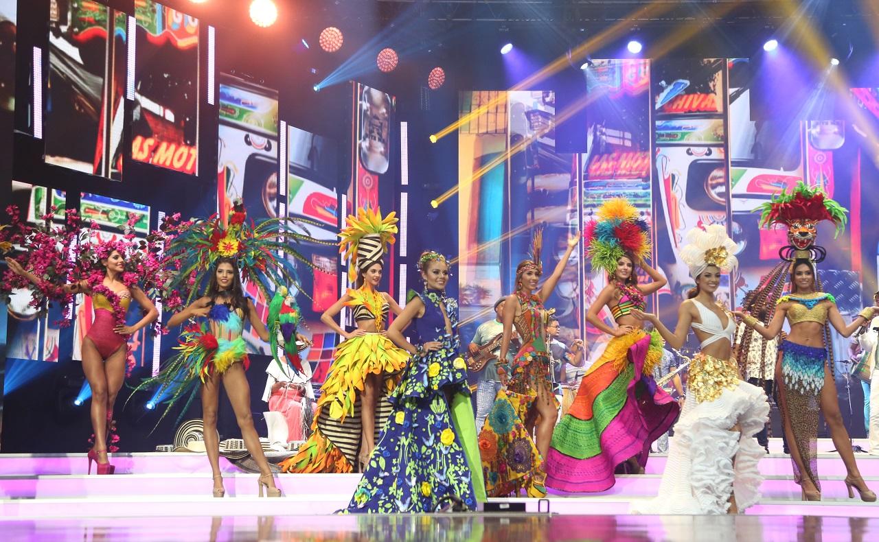 Evento del reinado nacional de belleza en el Centro de Convenciones Las Américas para ilustrar nota de congresos en Cartagena
