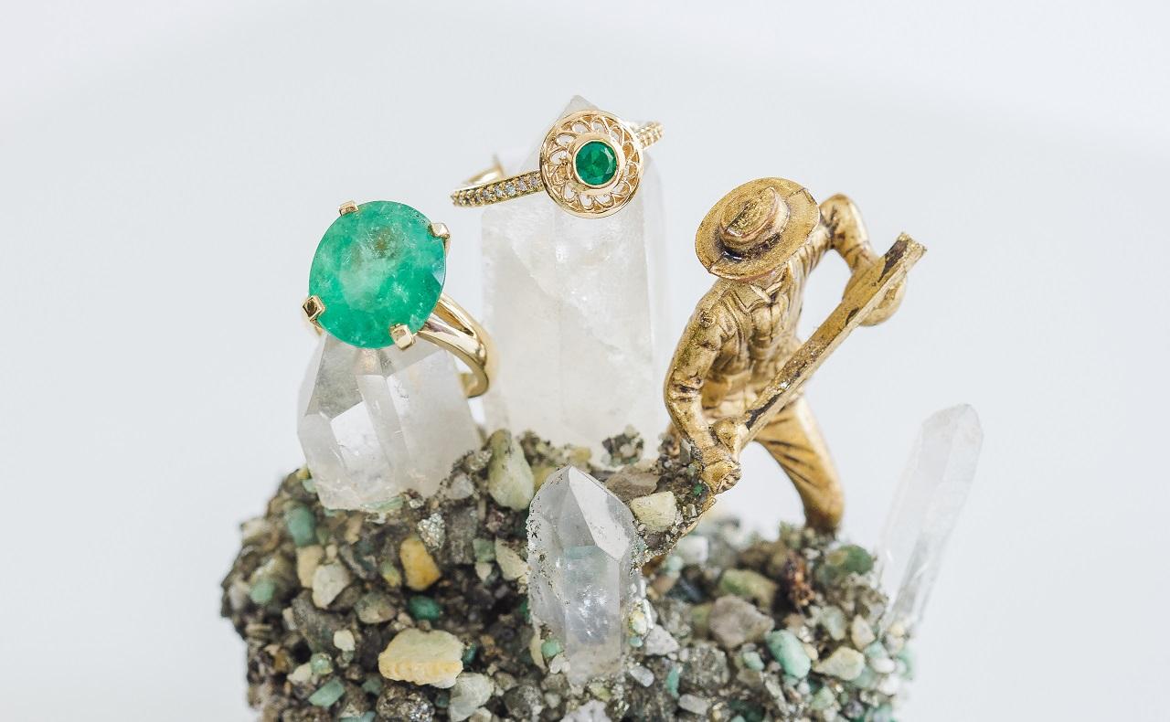 Pieza con esmeraldas de Adas Jewelry Factory