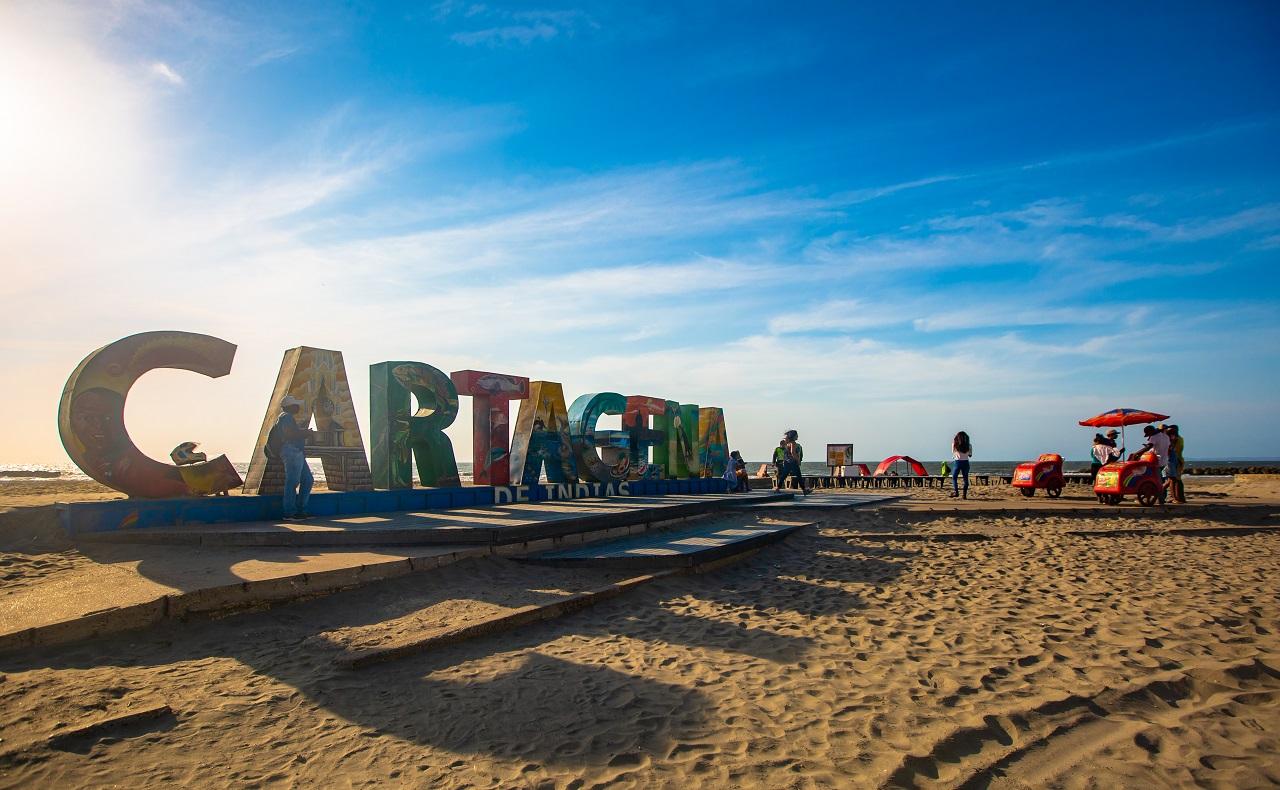 Playa de Marbella, aviso de Cartagena de Indias