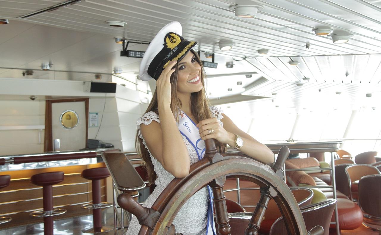Señorita Colombia a bordo de un crucero, foto para ilustrar nota de turismo náutico