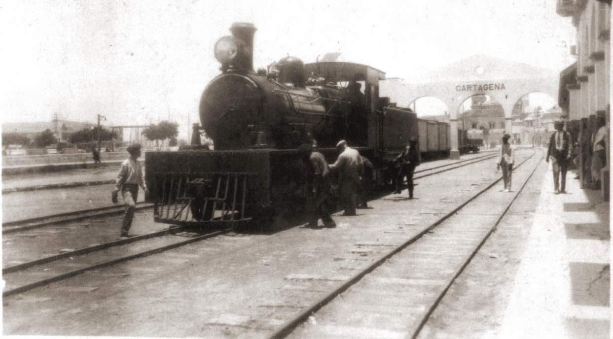 Fotografía antigua del tren de Cartagena, tomada de la fototeca