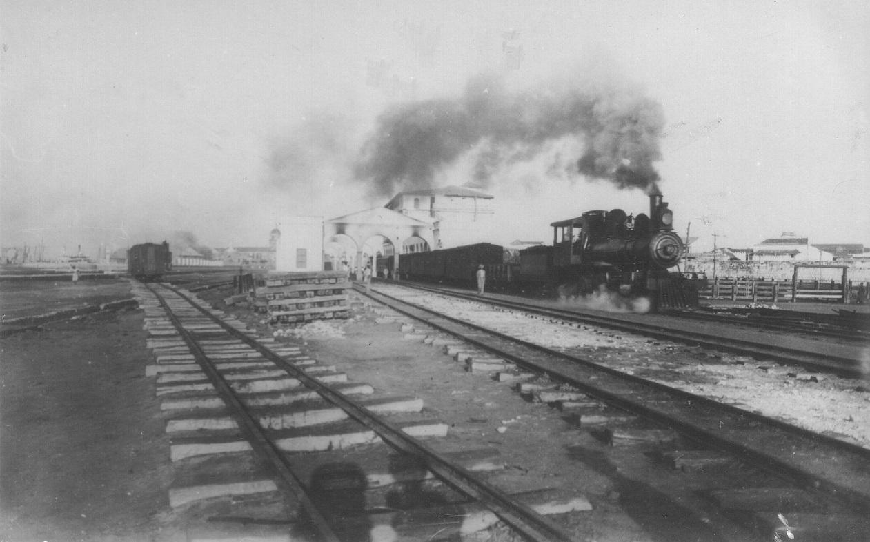 Fotografía histórica del tren de Cartagena, tomada de la fototeca