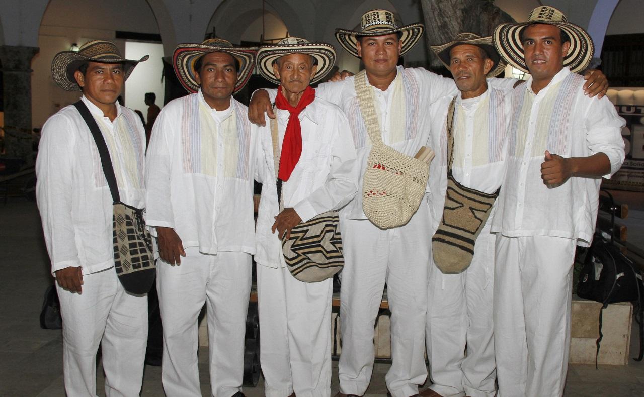 Gaiteros de San Jacinto posando en evento cultural de Cartagena de Indias