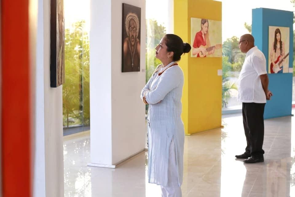 Exposición en Cartagena de Indias, arte plástico en el Centro Cultural del Pie de la Popa