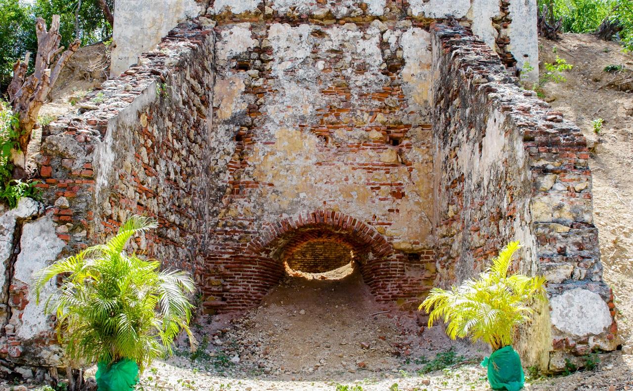 Horno de piedras de cal en Ararca, Barú, Cartagena