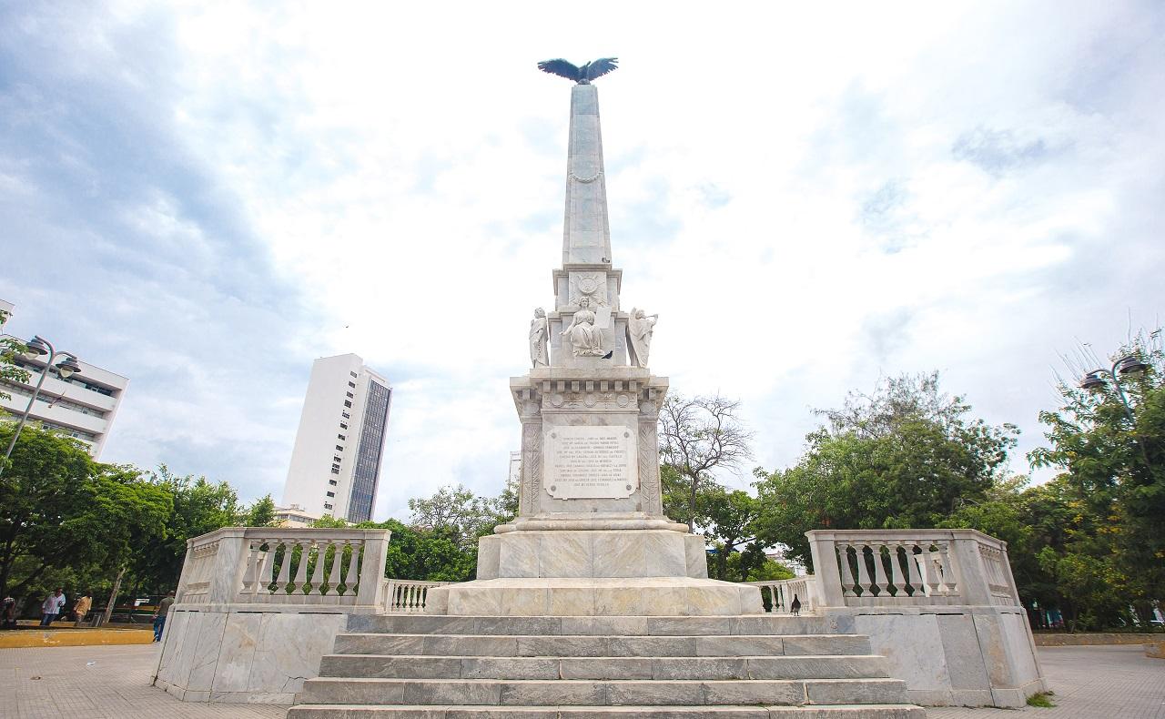 Obelisco del Parque del Centenario en Cartagena