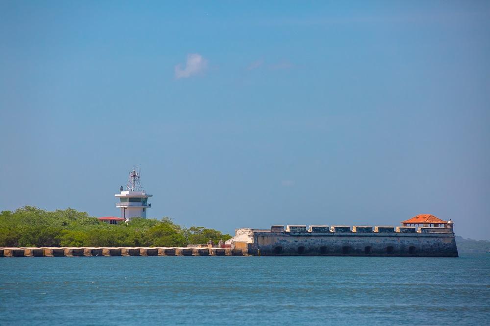 Vista desde el Fuerte de San Fernando de Bocachica, Cartagena