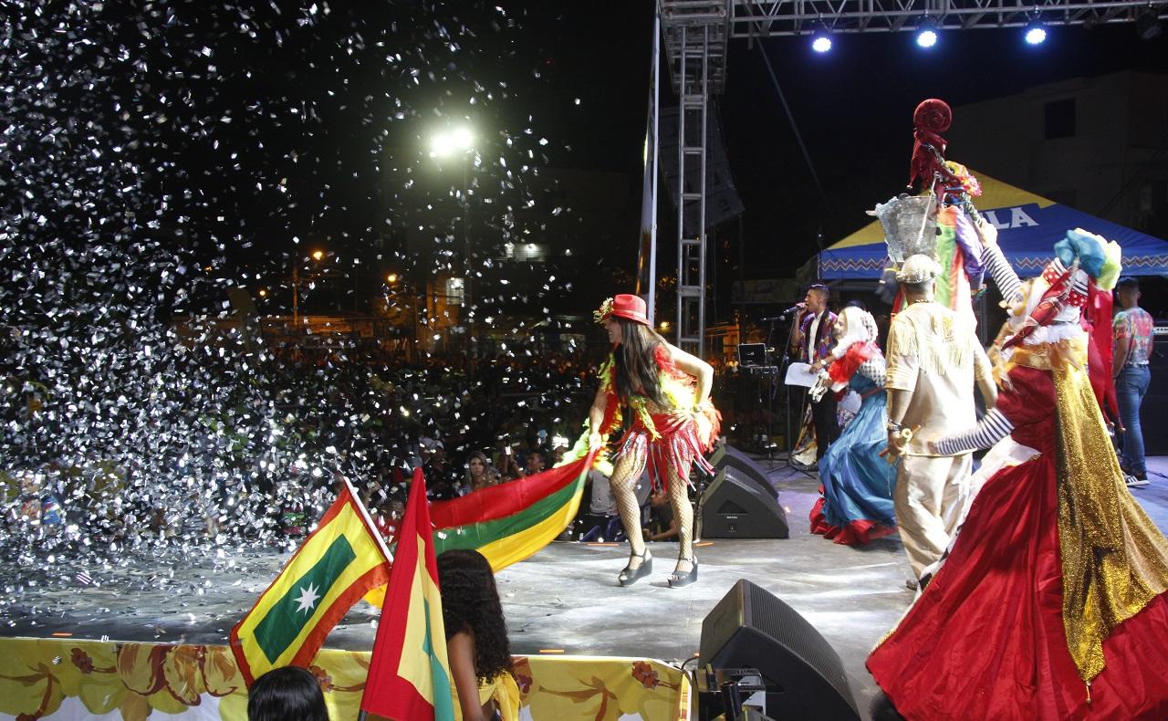 Comparsa de preludio de las Fiestas de Independencia de Cartagena, concierto