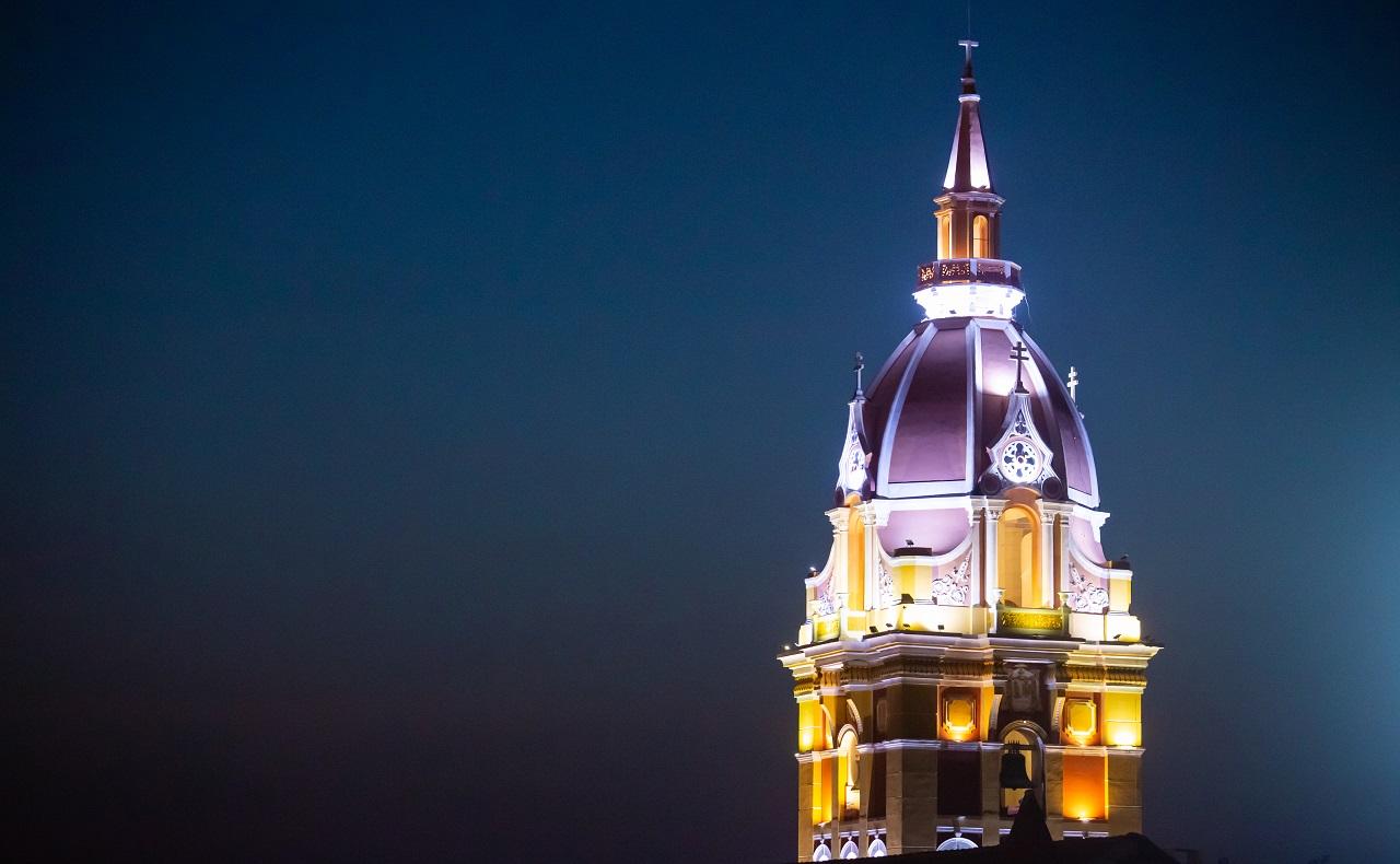 Cúpula Catedral de Santa Catalina de Alejandría, imagen para ilustrar nota de vida nocturna en Cartagena