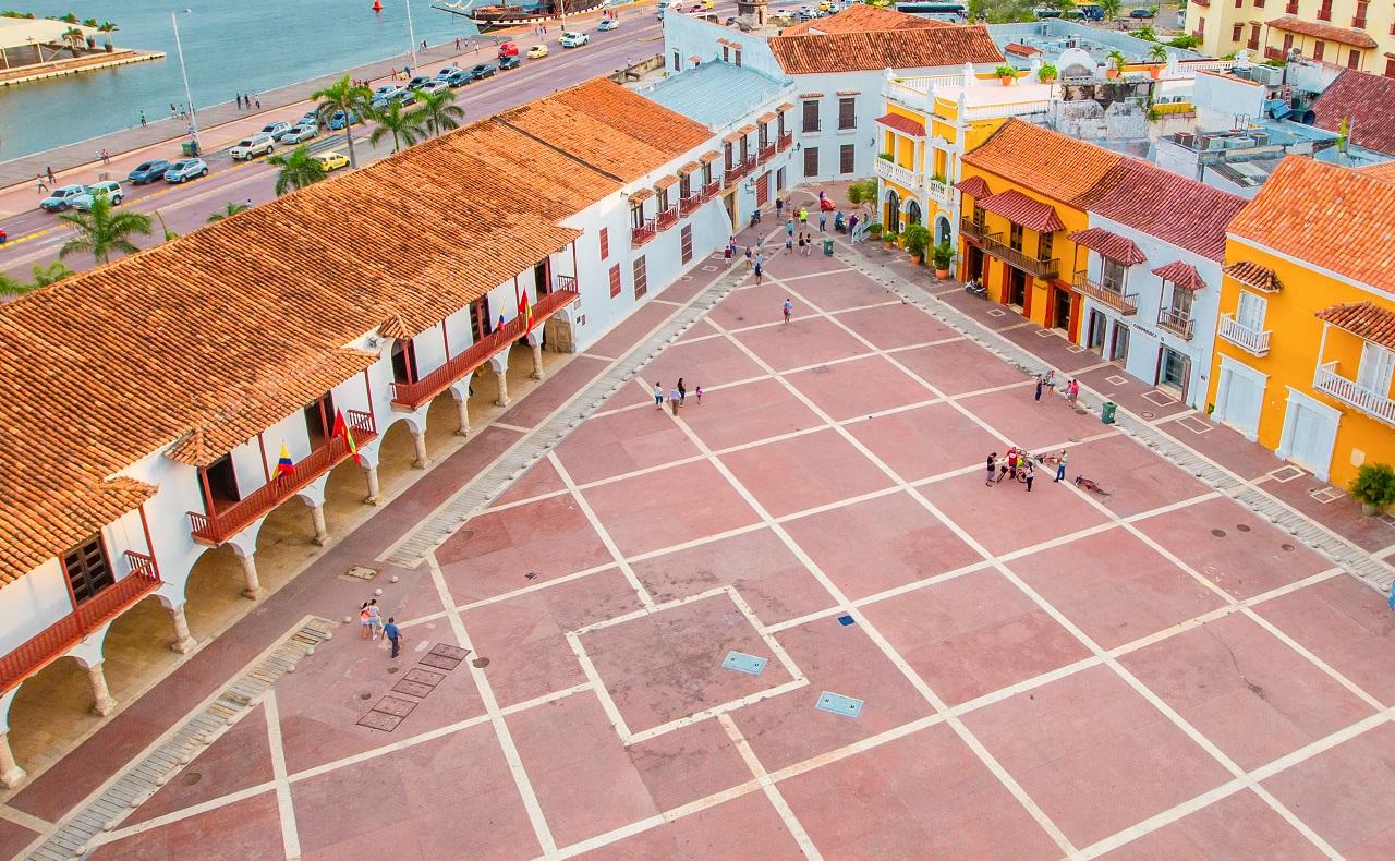 Vista aérea de la Plaza de La Aduana, imagen para ilustrar nota sobre plazas de Cartagena