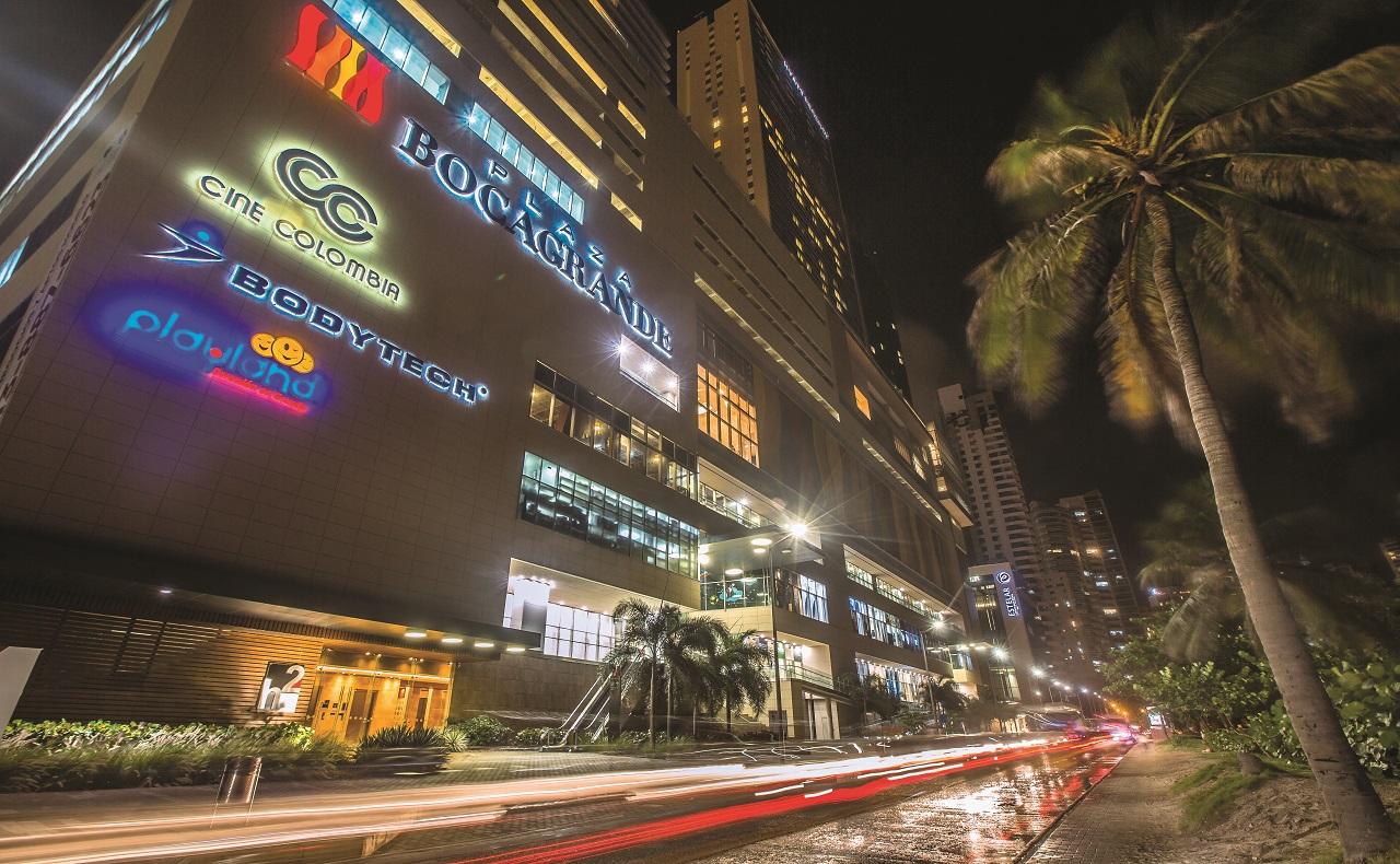 Fachada de Plaza Bocagrande, imagen para ilustrar nota de compras en Cartagena