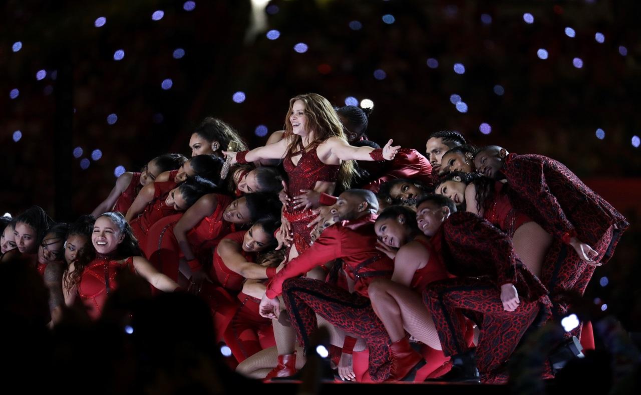 espectáculo de Shakira en el medio tiempo del super bowl 2020 a ritmo de champeta, crédito AP Lynne Sladky