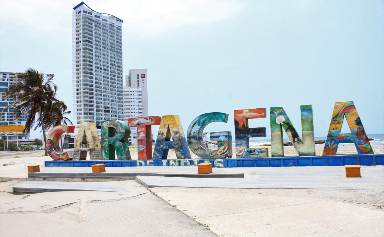 aviso con letras de Cartagena, imagen para ilustrar nota de domicilios.jpg