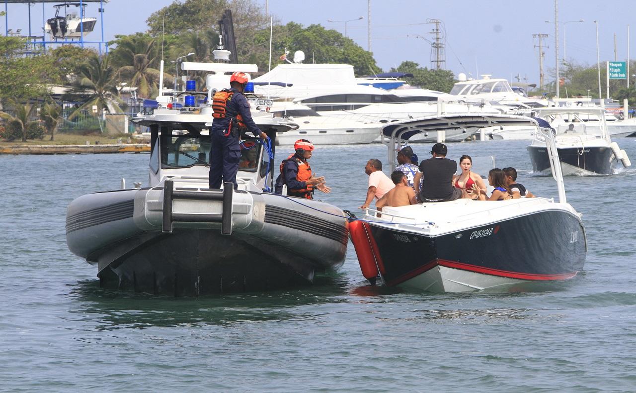 controles de las autoridades para recorridos por las Islas del Rosario