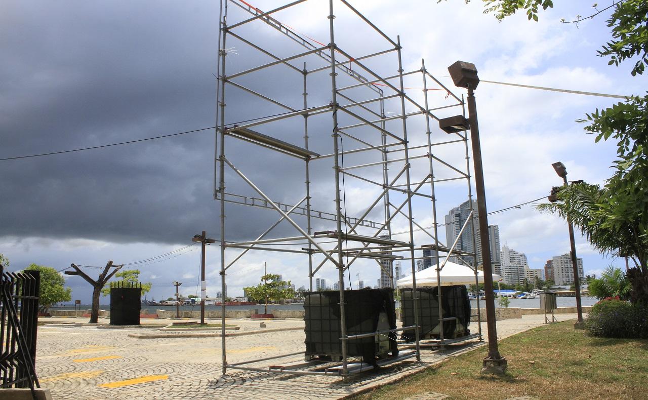 Instalación del autocine en Cartagena de Indias