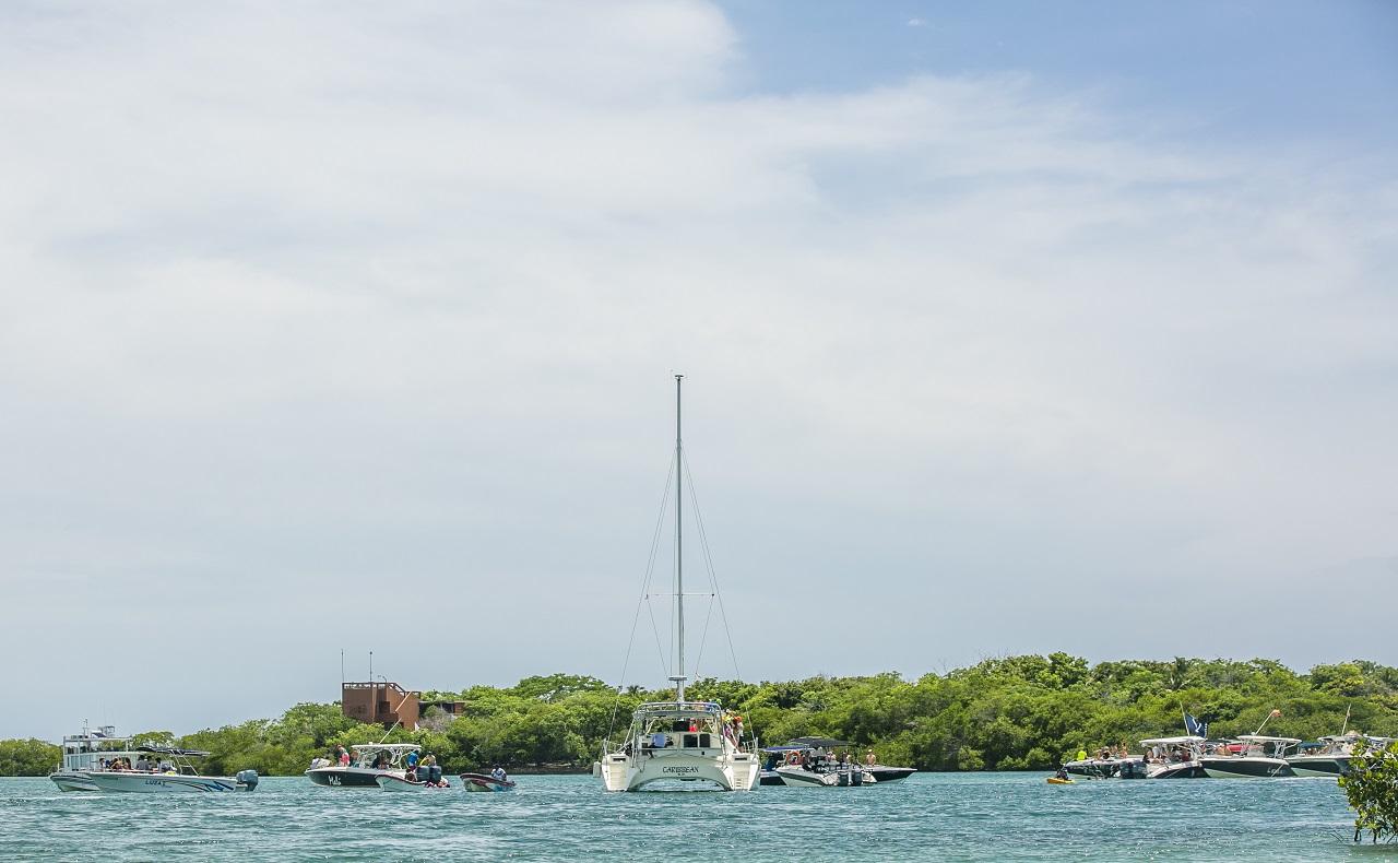 Embarcaciones en Cholón, Islas del Rosario, Cartagena