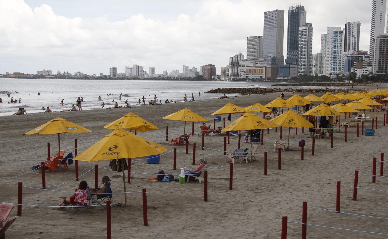 Playa habilitada para bañistas en Bocagrande, imagen para ilustrar nota de los World Travel Awards en Cartagena